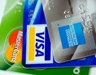 Платить кредиткой очень удобно.