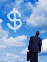 Экономисты не советуют скупать валюту.