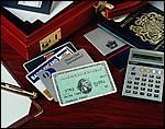 Сложнее всего вернуть деньги, выкраденные через банкомат.